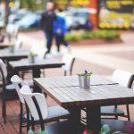city-restaurant-lunch-outside